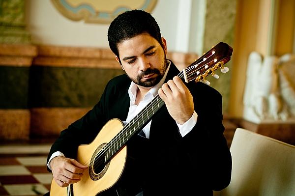 Joan Carlos Victor, Gitarre